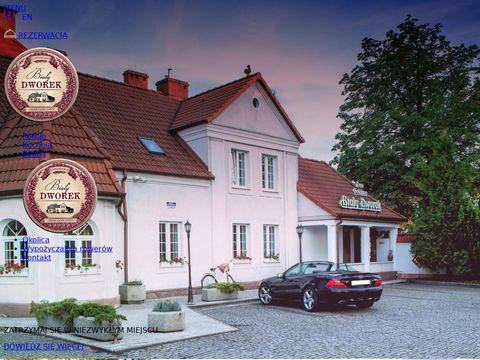 Dworekczluchow.pl noclegi w zamku